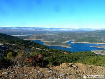 Cancho de la Cabeza-Patones; puerto de cotos rutas sierra madrid hayedo de irati cinta mochila